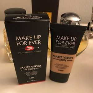 Makeup Forever -matte velvet skin foundation-NEW!!